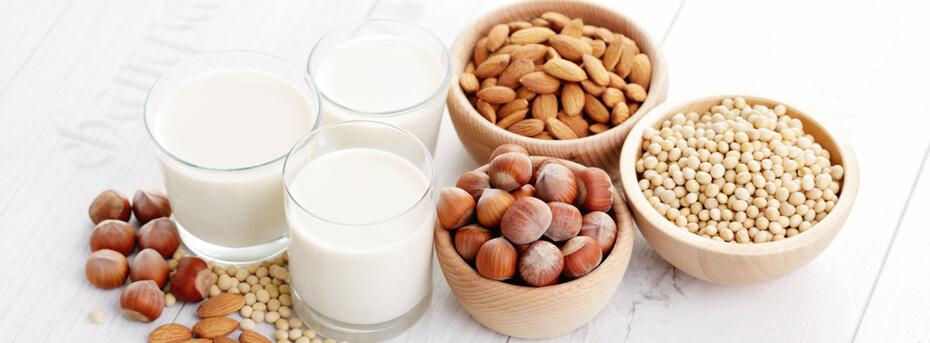 Różne rodzaje mleka – poznaj ich wady i zalety