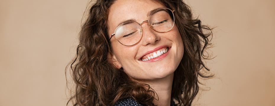 Soczewki relaksacyjne – ulga dla zmęczonych oczu